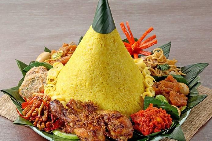 catering rumahan nasi tumpeng